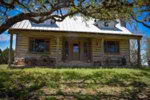 historic-rustic-log-cabin-wimberley-old-glory-ranch