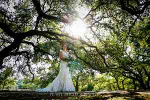 bridals-magnficent-oak-grove-old-glory-ranch-wimberley