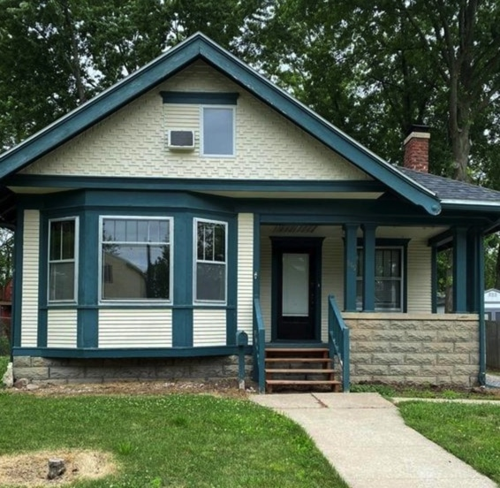c.1915 Bungalow For Sale in Kirksville MO $99K