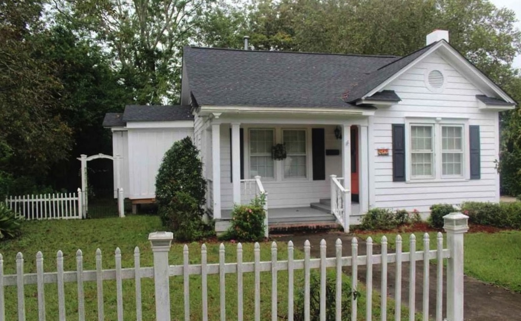 c.1931 Cottage For Sale 1 Hour to Myrtle Beach Under $90K