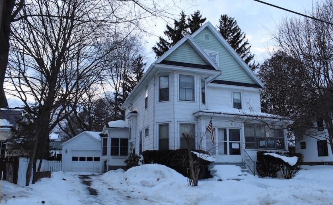 c.1920 Beautiful Victorian For Sale in Historic Perry, NY $71K