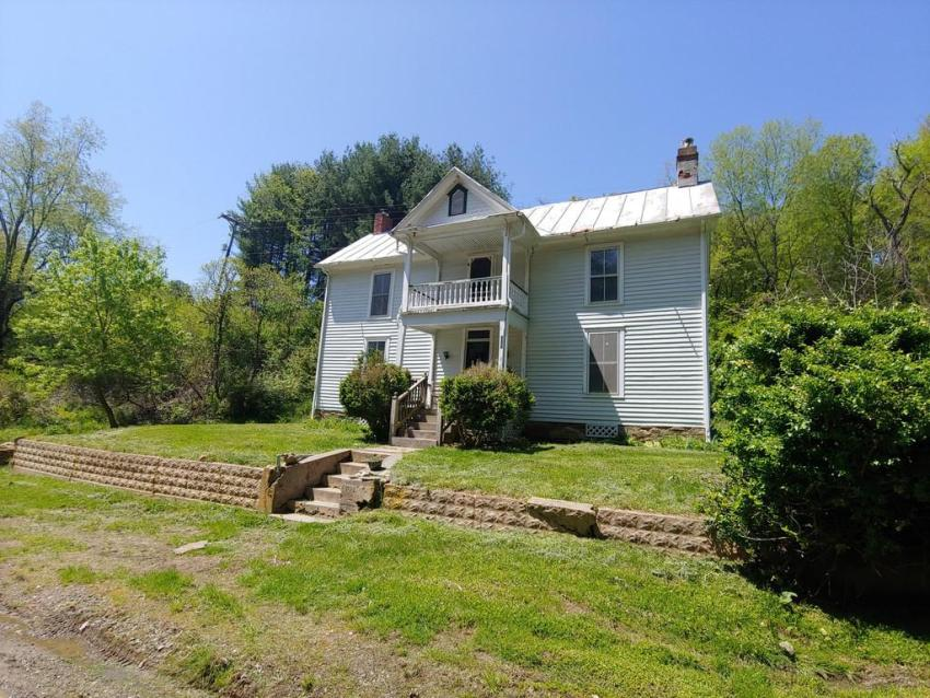 Floyd VA mountain home on 2.18 acres under $90K