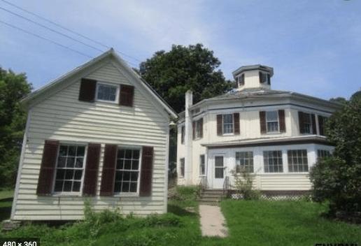 Fultonham NY octagon house