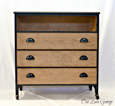 dresser-with-three-drawers