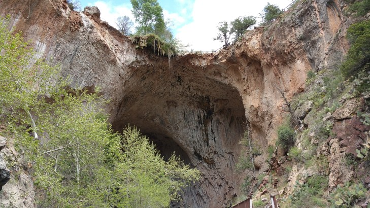 tonto-natural-bridge-hiking-arizona-3