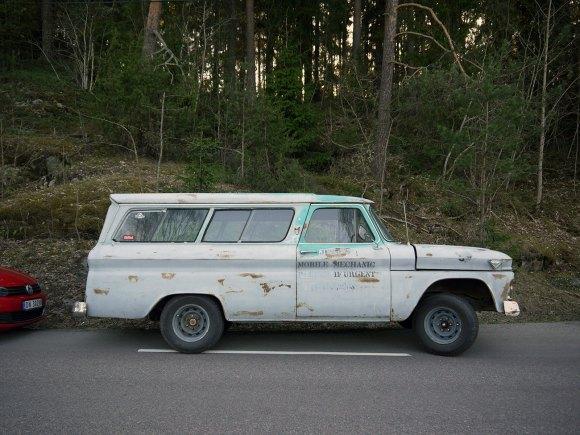 1966 GMC Suburban Carryall SUV classic american car
