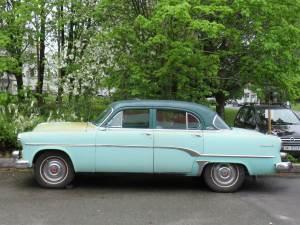 1954-Dogde-Royal-V8