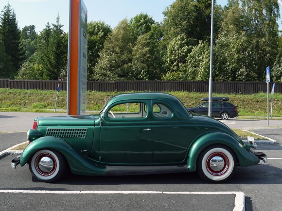 1935 Ford Coupe five window coupe deluxe