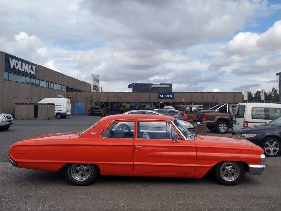1964 Ford Custom old parked cars thumbnail