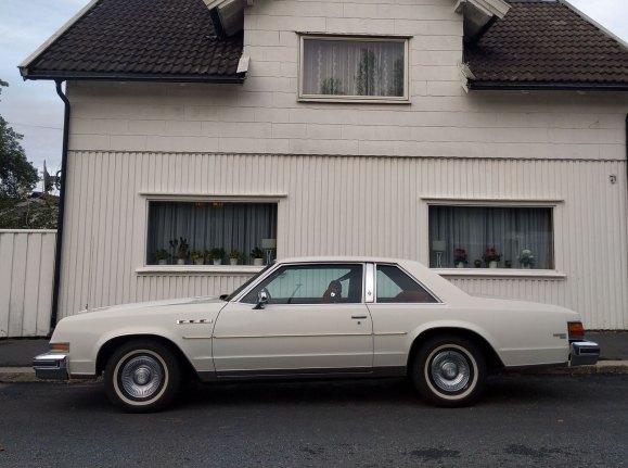 1978 Buick Lesabre coupe thumbnail