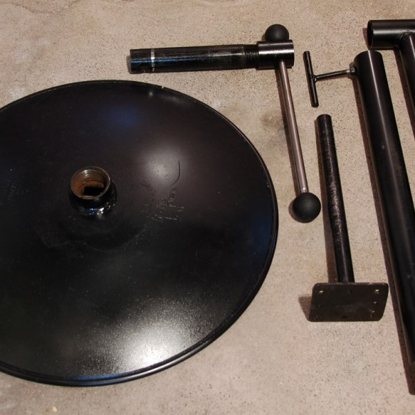 Parts of the Telescoping carving stand