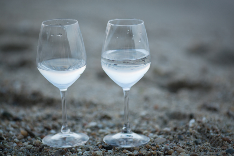 type 2 diabetes with intermittent fasting - water glasses