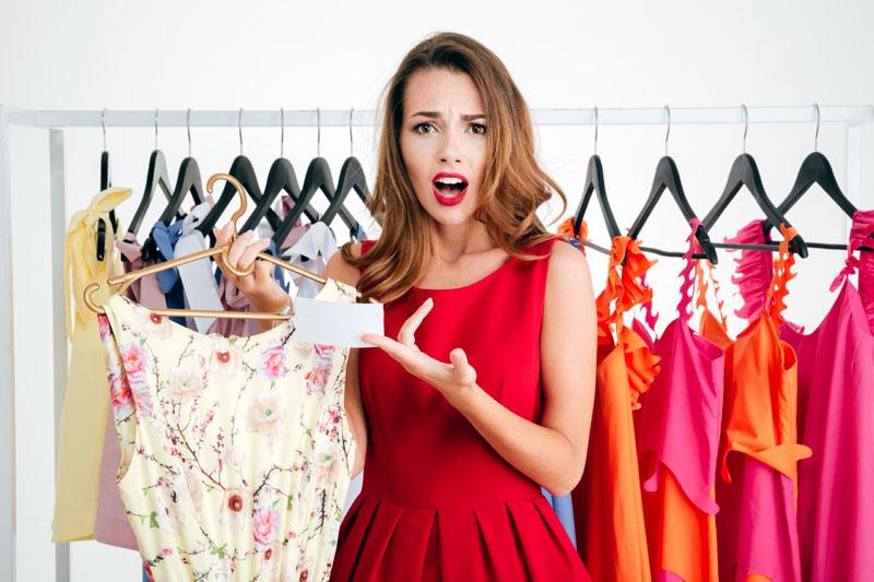 How Do I Minimize My Wardrobe?