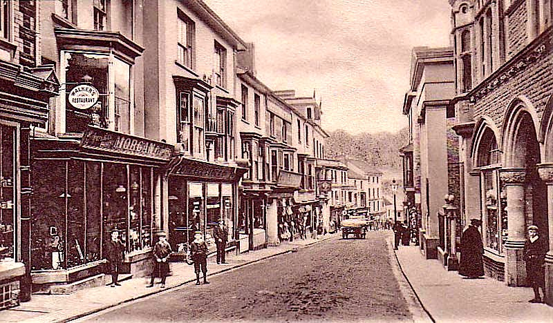 Old photographs of Pontypool's shopping centre (4/5)