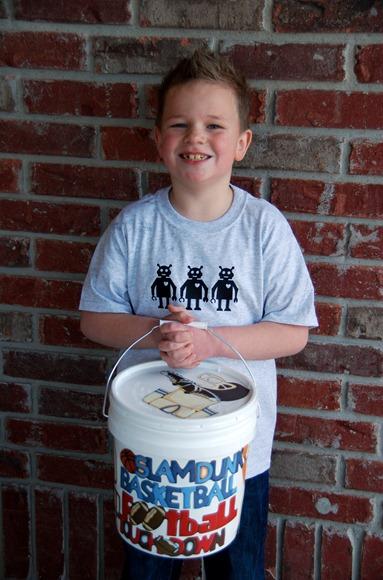 paint bucket mailbox
