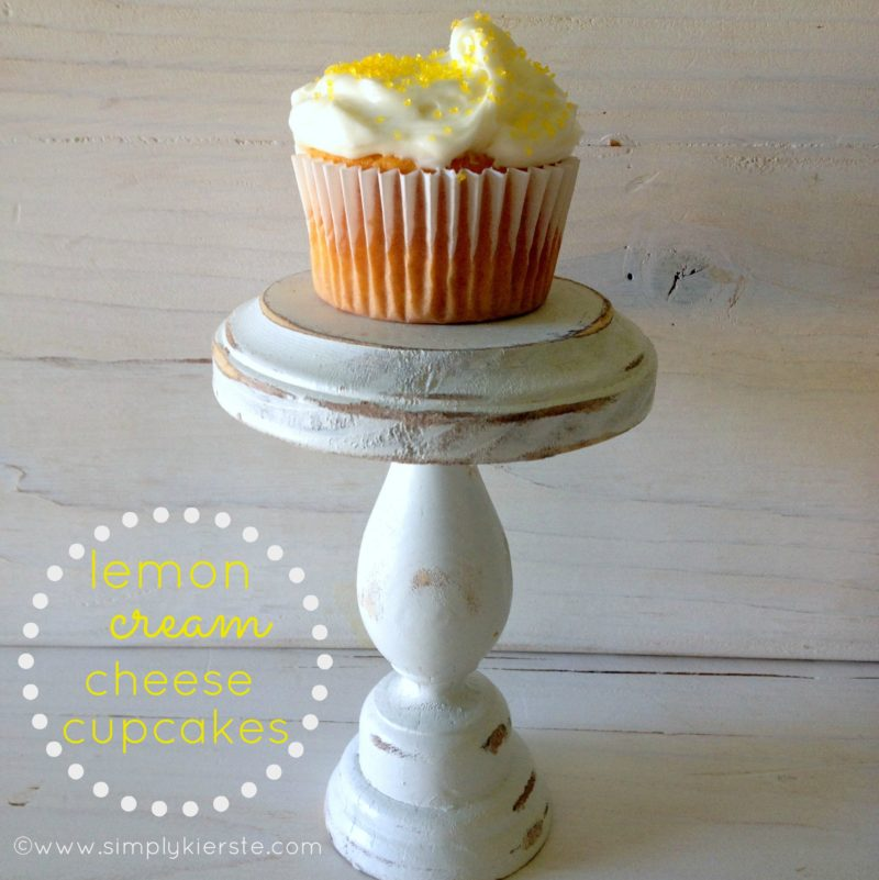 lemon cream cheese cupcakes | oldsaltfarm.com