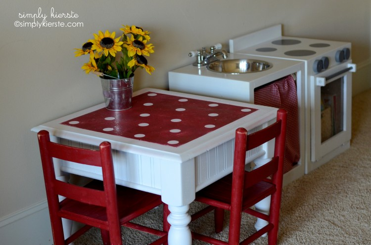 Play Kitchen Table...From Drab to Fab | oldsaltfarm.com