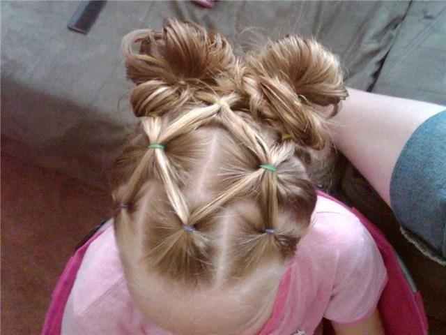 Messy Buns | Summer Hairstyles for Little Girls | oldsaltfarm.com