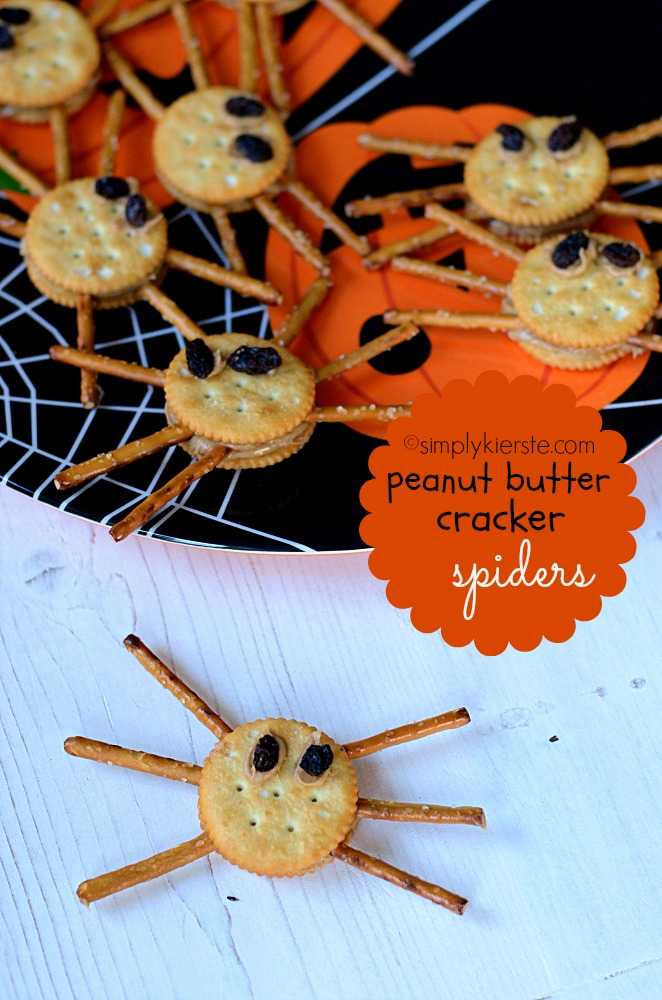 Peanut Butter Cracker Spiders | oldsaltfarm.com