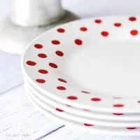 DIY Polka Dot Christmas Plates