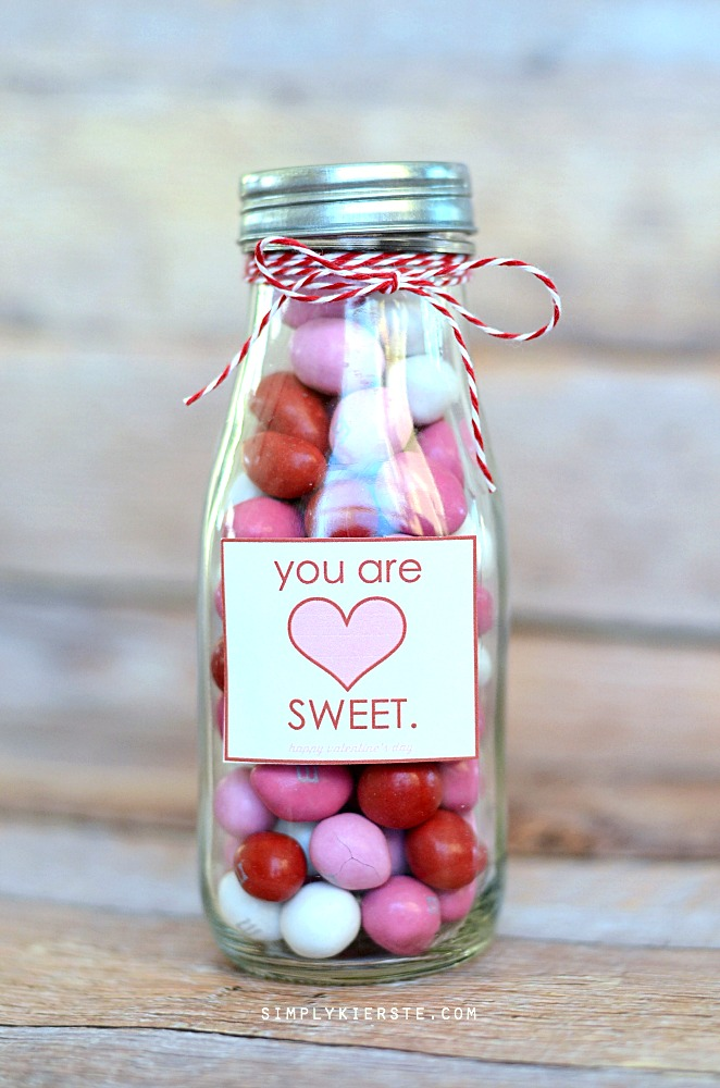 You are sweet Valentine's Day treat jar | free printable | oldsaltfarm.com