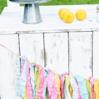 Easy DIY Lemonade Stand