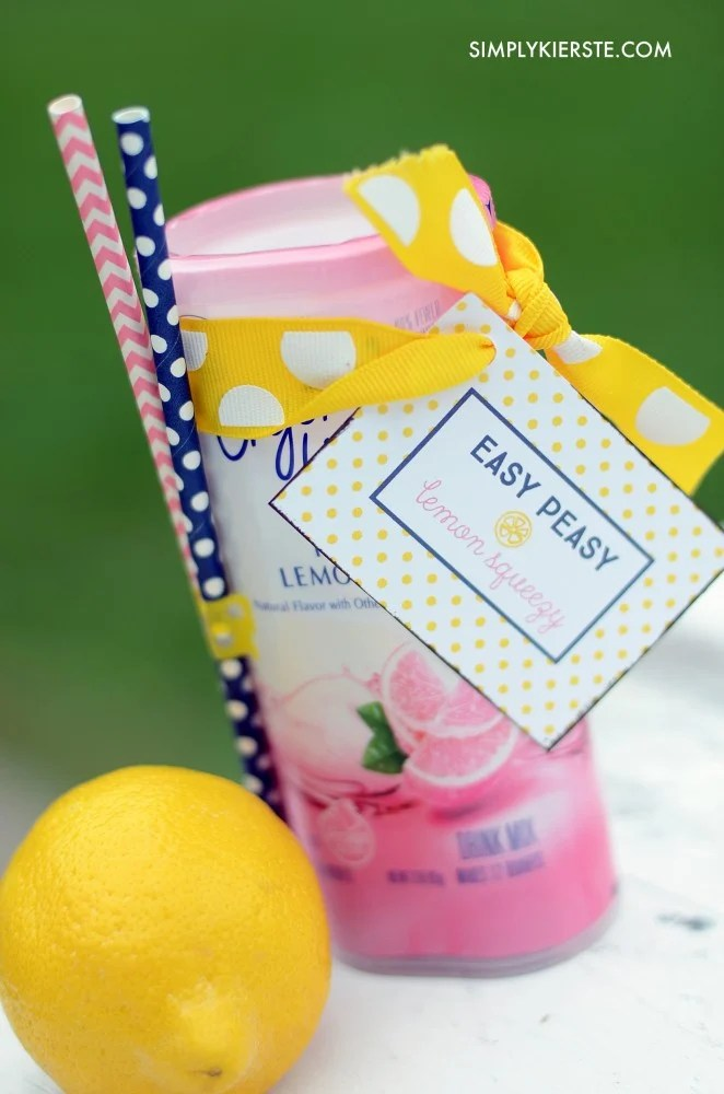 Easy peasy lemon squeeze...fun printable gift tag | oldsaltfarm.com