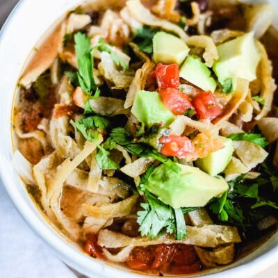 Easy Crockpot Chicken Tortilla Soup