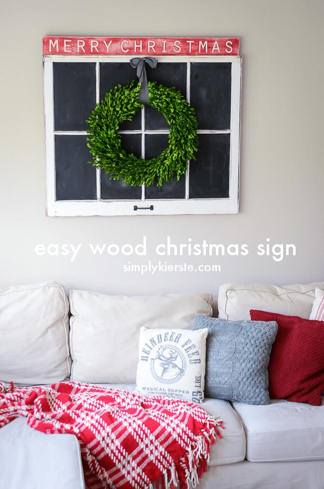 Easy Wood Christmas Sign | oldsaltfarm.com