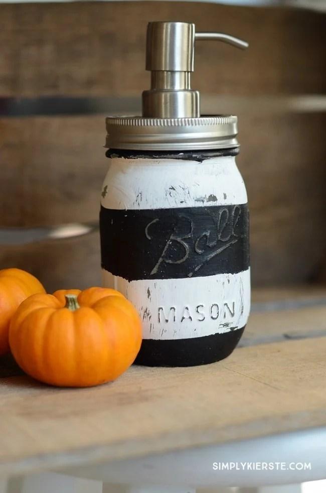 DIY Mason Jar Soap Pump | oldsaltfarm.com