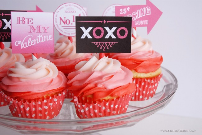 Valentine Cupcake Toppers   oldsaltfarm.com