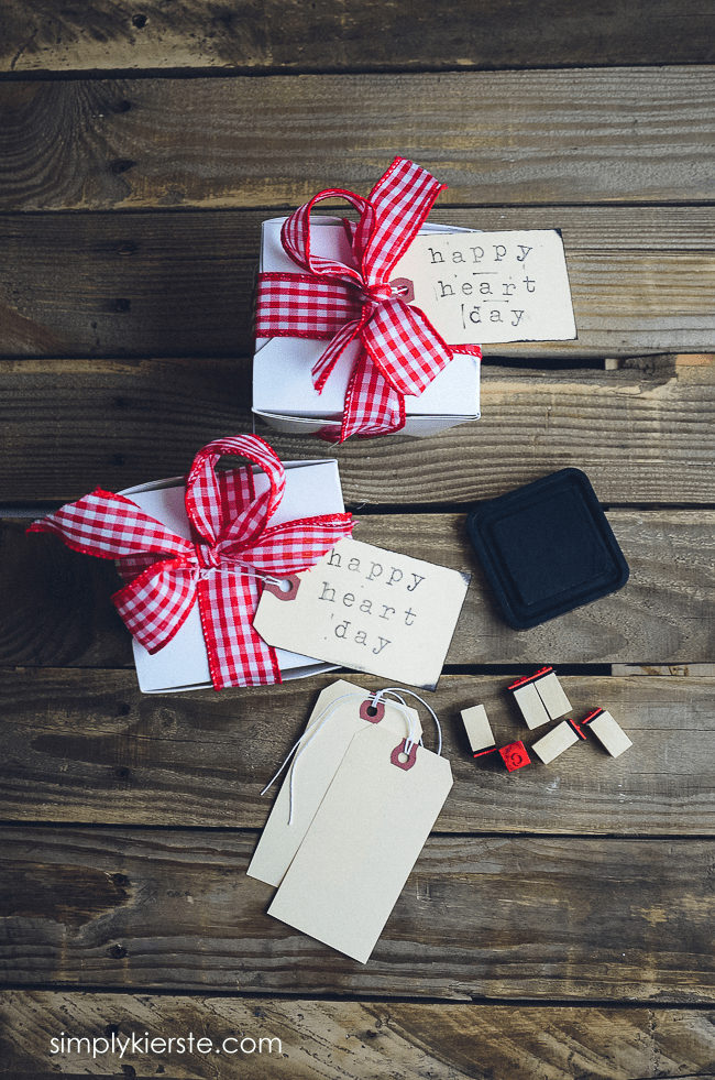 Easy & adorable packaging idea for Valentine's Day | oldsaltfarm.com