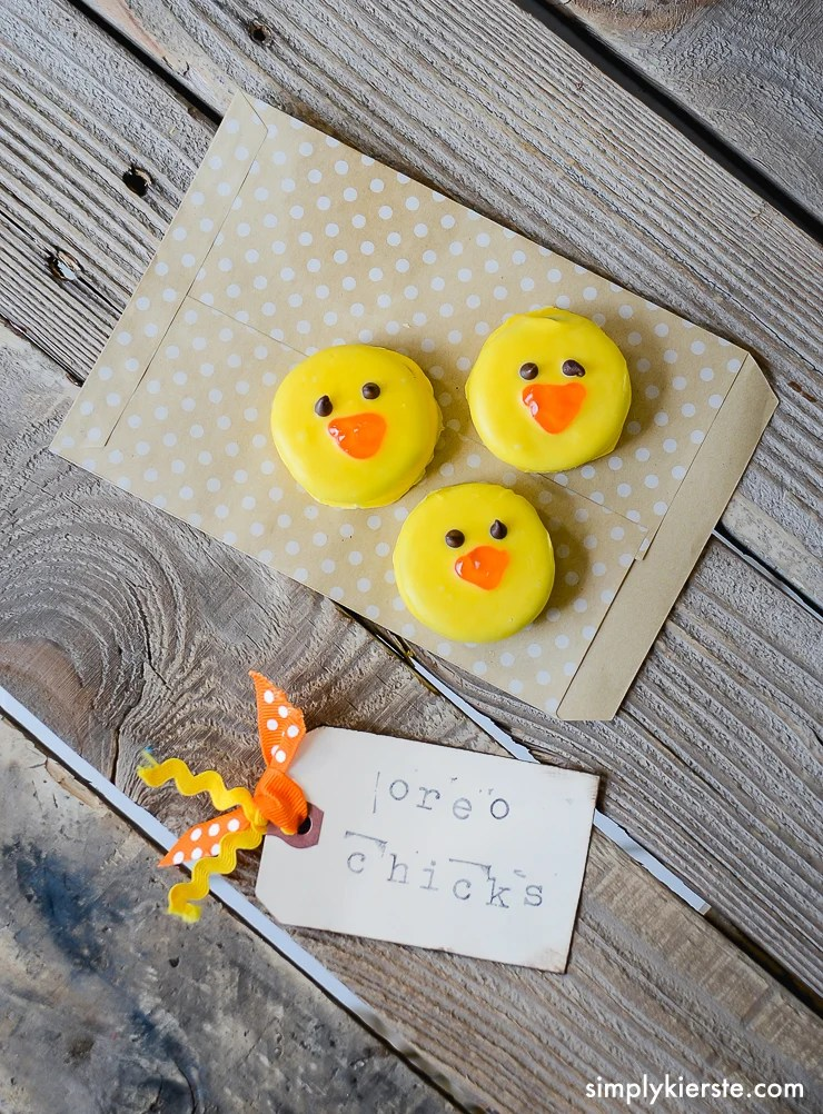 Easy & Adorable Oreo Chicks | oldsaltfarm.com
