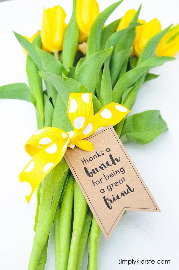 Thanks a Bunch Printable Gift Tag for Flowers | oldsaltfarm.com