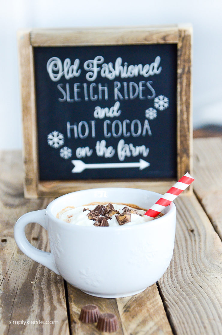 Reese's Peanut Butter Hot Chocolate | simply kierste.com