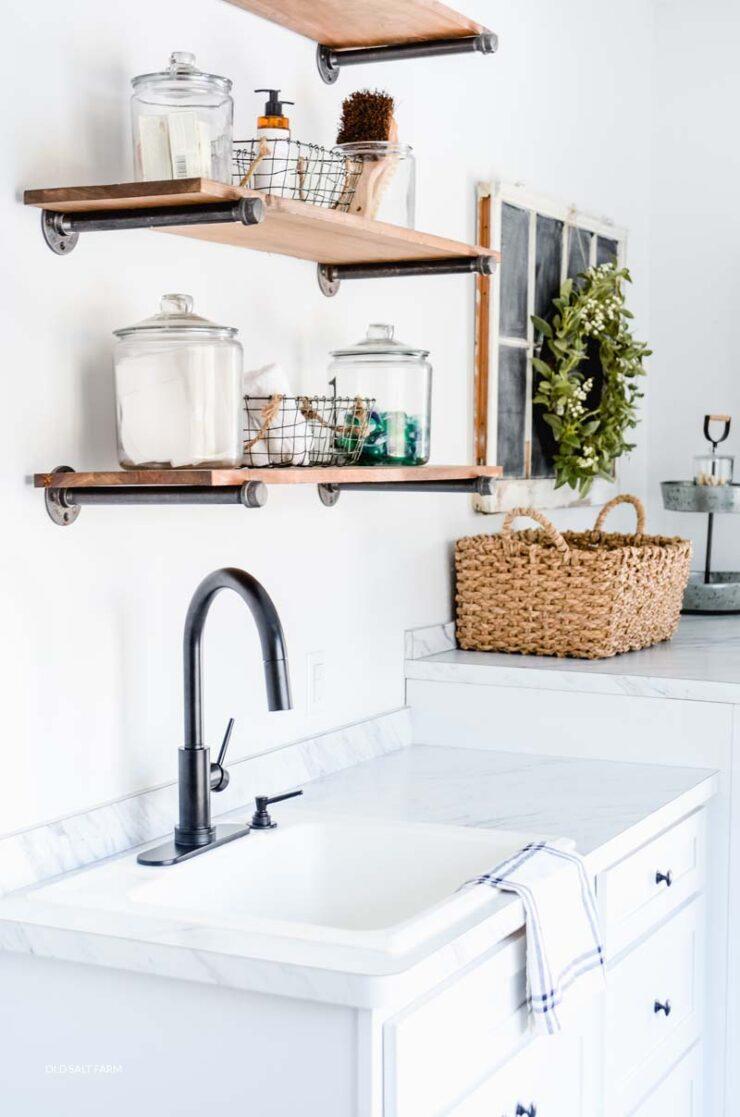 DIY Farmhouse Shelves