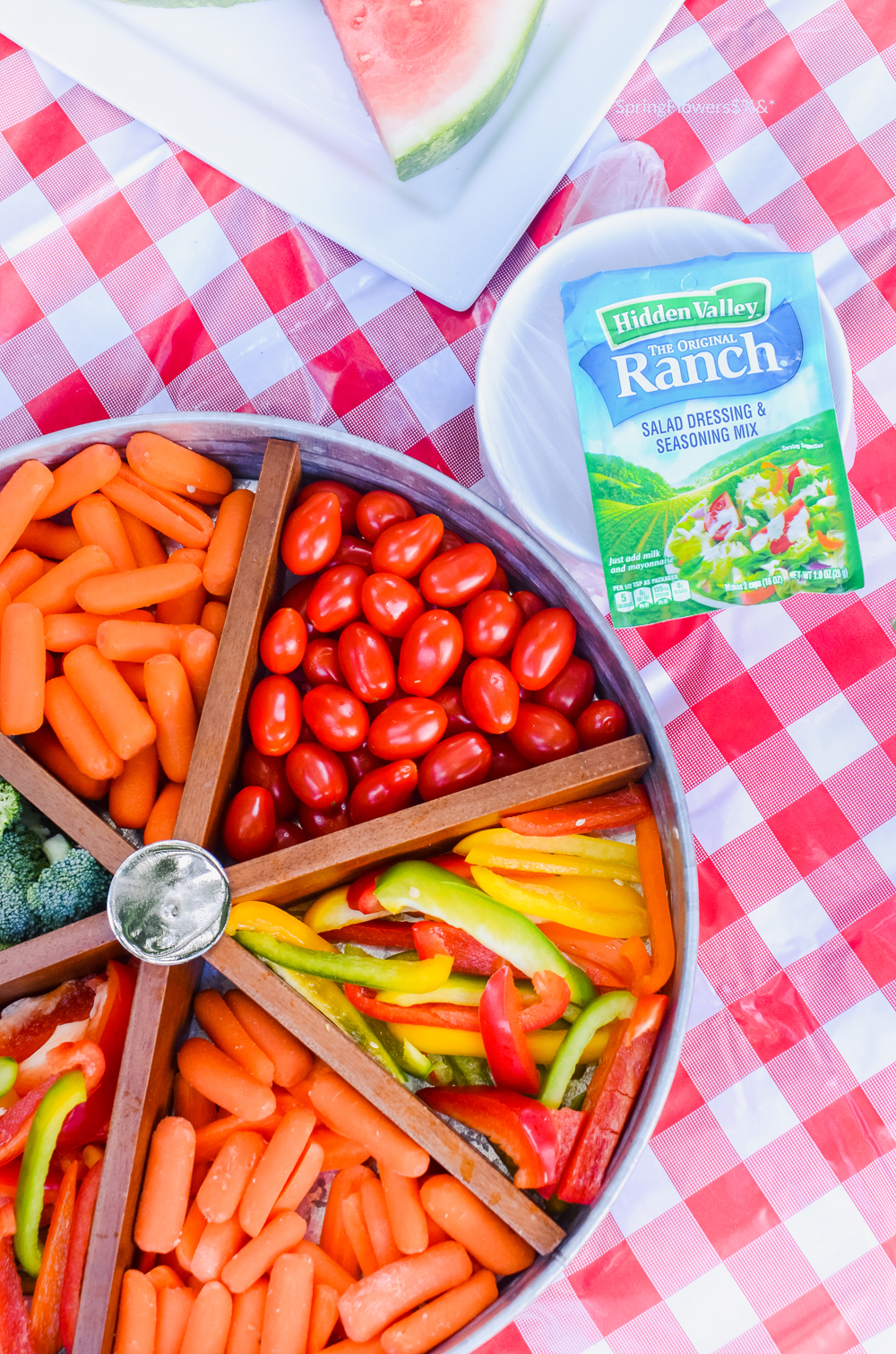 Favorite Picnic Essentials | Fun Date Night | oldsaltfarm.com