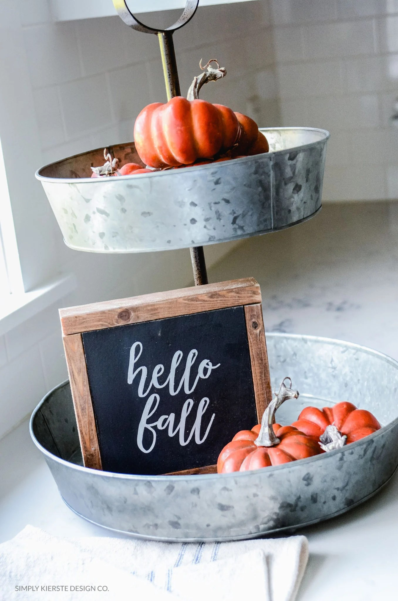 Hello Fall Wood Sign | oldsaltfarm.com | Fall Decor | DIY