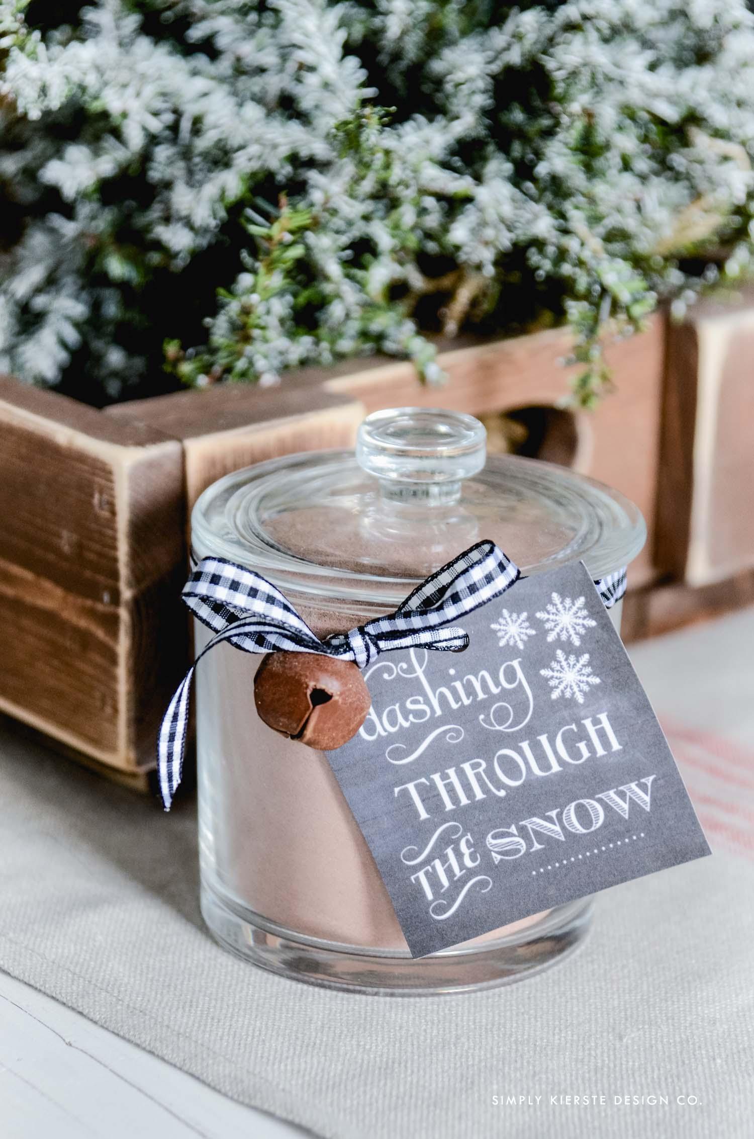 Affordable Gift Ideas | Hot Chocolate Gift Jar & Tag | oldsaltfarm.com