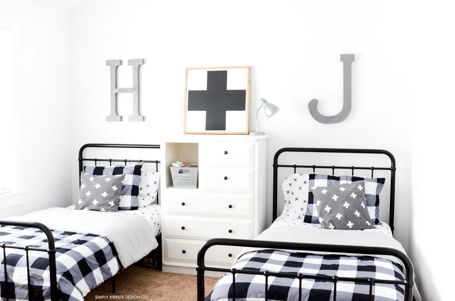Black Buffalo Check Boys' Bedroom Makeover | Boys' Room on a Budget | oldsaltfarm.com #buffalocheck #boysbedroom #bedroommakeover #industrialbedroom