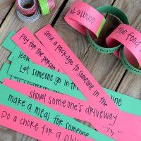 Christmas Kindness Countdown Chain