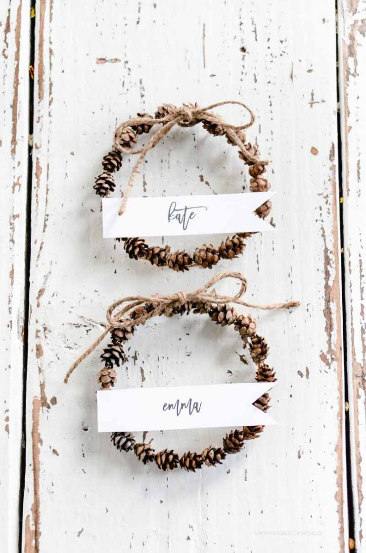 Mini Pinecone Wreaths | Holiday Place Cards
