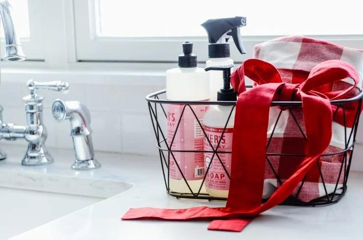 Budget Friendly Gift Ideas | Kitchen Basket