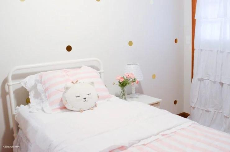 Little Girl's Bedroom Makeover | Pink White Gold
