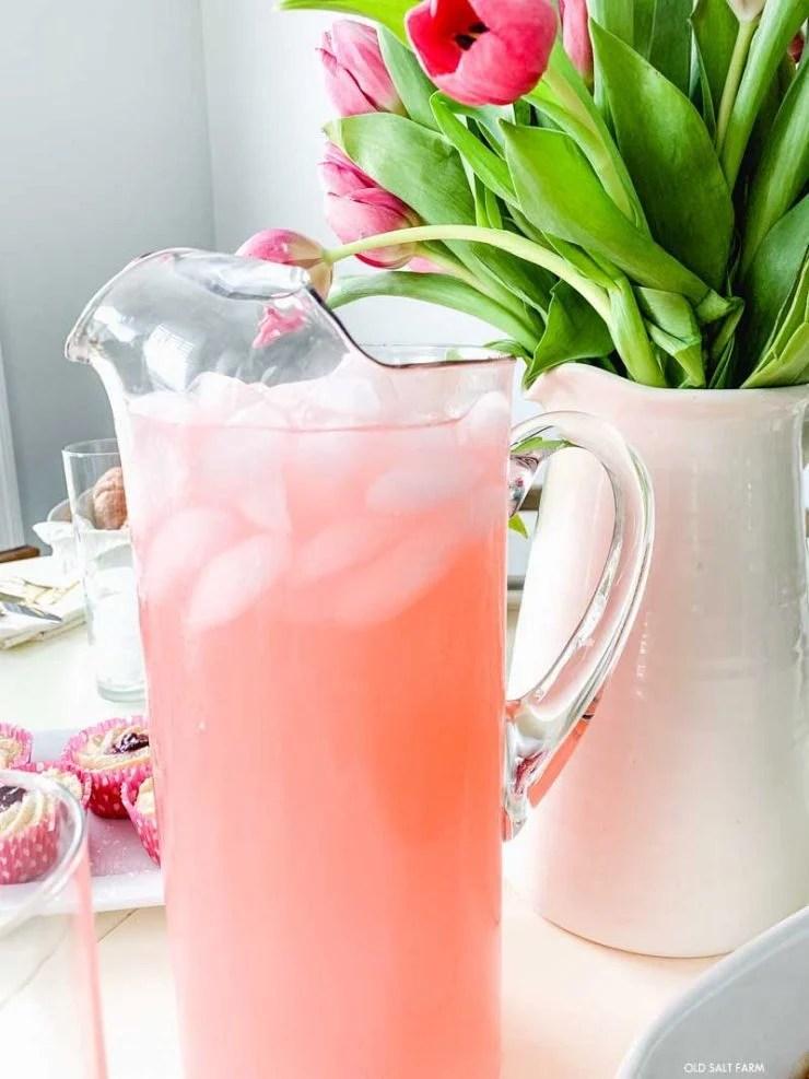 glass-pitcher-lemonade-spring-brunch