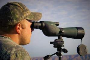 How to choose best spotting scope for target shooting