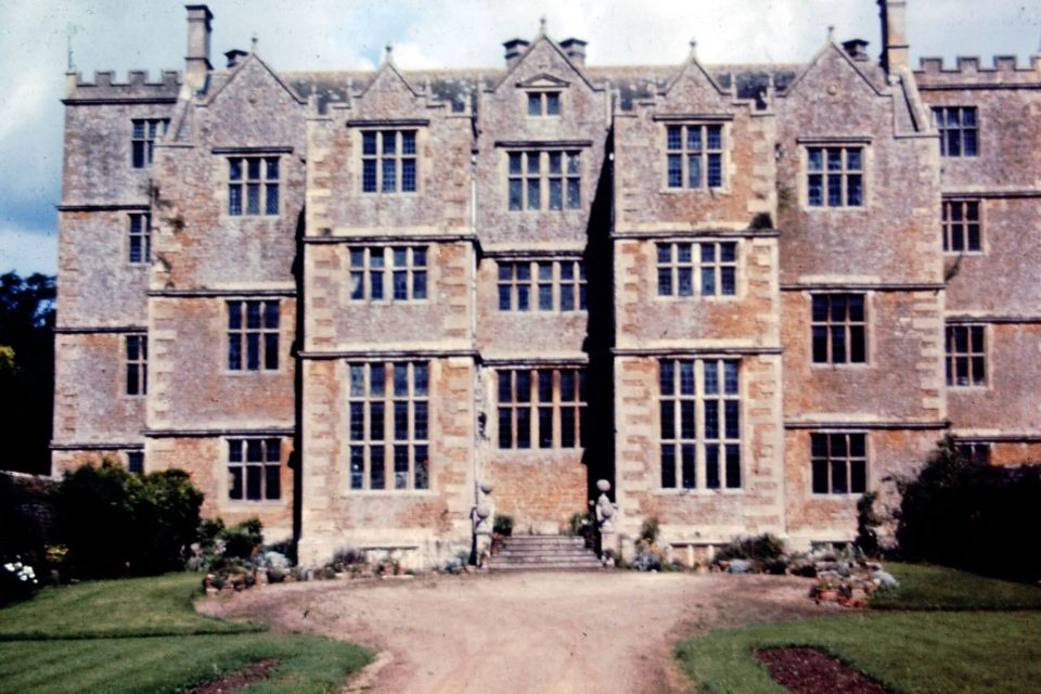 Cotswolds - Cotswolds-02-1968-Chastleton-House.jpg
