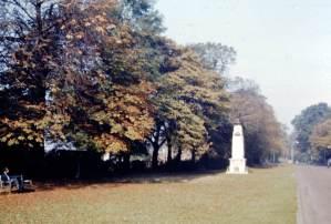 MillHill - Mill-Hill-1965-01-War-Memorial.jpg