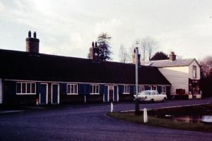 MillHill - Mill-Hill-1969-01-Alms-Houses.jpg