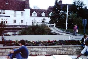Oxford - Oxford-City-1977-03-Lock-Inn-on-Thames.jpg